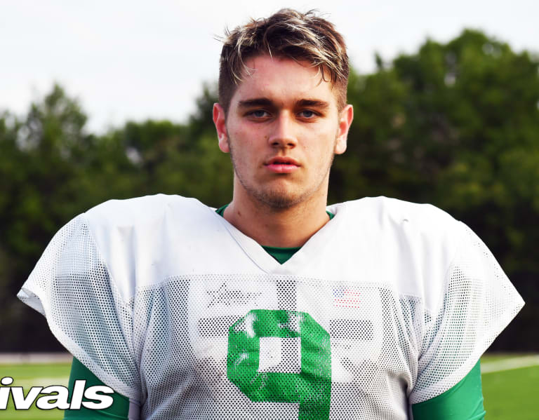 Warchant.com - Texas TE Blake Smith's options have multiplied this spring